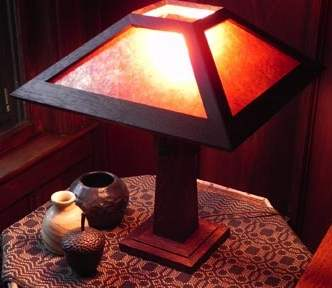 Mission Craftsman Arts & Crafts lamp
